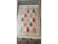 Turkish Handmade Silk Carpet , Never Used , size - 188 x 129. Royal scheme.