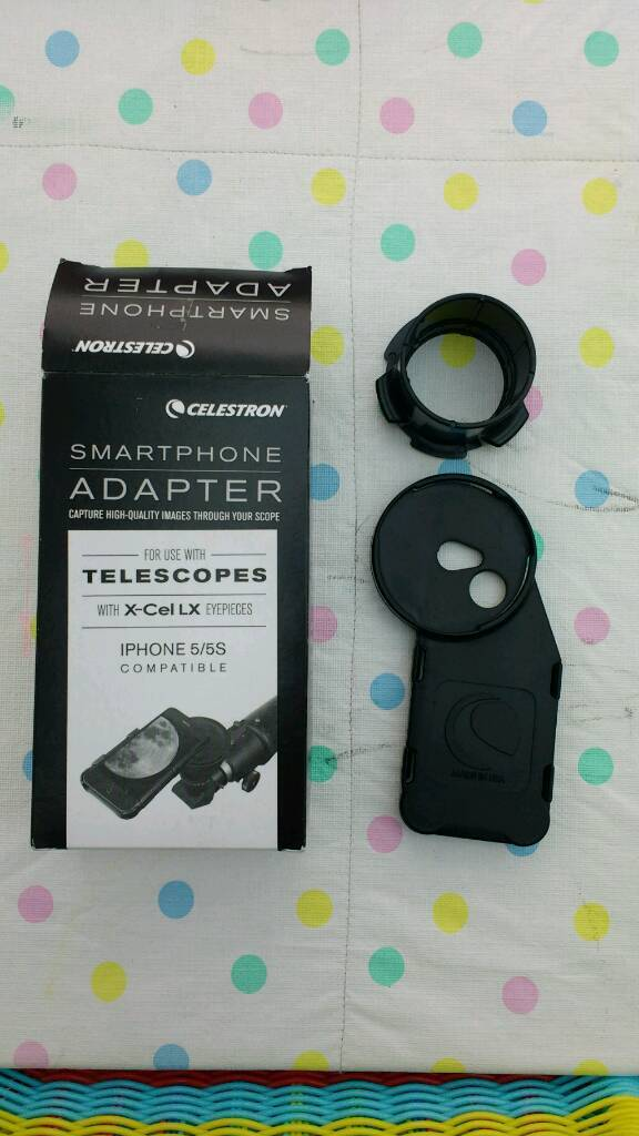 Smartphone telescope adapter