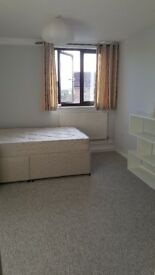 Large 2 double rooms
