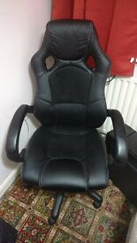 Black leather gaming/office/racing wheel chair