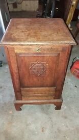 Antique pot cupboard in oak