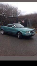 Turquoise Audi 80 cabriolet