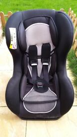Reclining baby seat