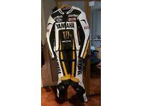 Yamaha leather 2 piece suit