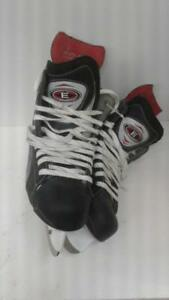 Easton Synergy 900 Mens Skates. (#52318) OR1026482