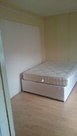 2 rooms available for rent in Woolwich area