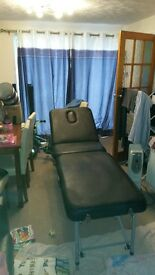 massage/waxing table