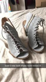 New look size 5 heels