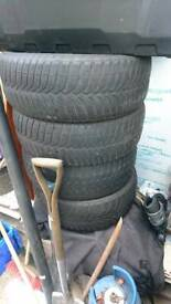 4 tyres.
