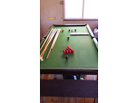 HOME SNOOKER TABLE AND FULL EQUIPMENT