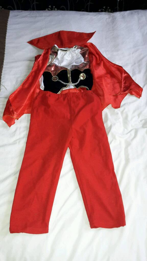 Childs Halloween costume 5-8 yrs old