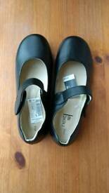 Girls black shoes, brand NEXT, NEW
