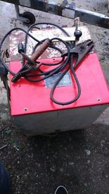 Versatile old ark welder with adjustable core.