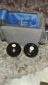 Crown green bowls 2-10 with bag