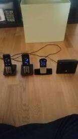 3 Gigaset PSTN/Voip phones and base unit