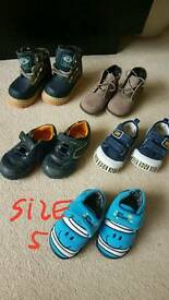Boy shoes size 5
