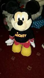 Dancing Mickey mouse