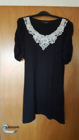 Lovely Black short dress/ tunic by Dorothy Perkins. Only £1.50