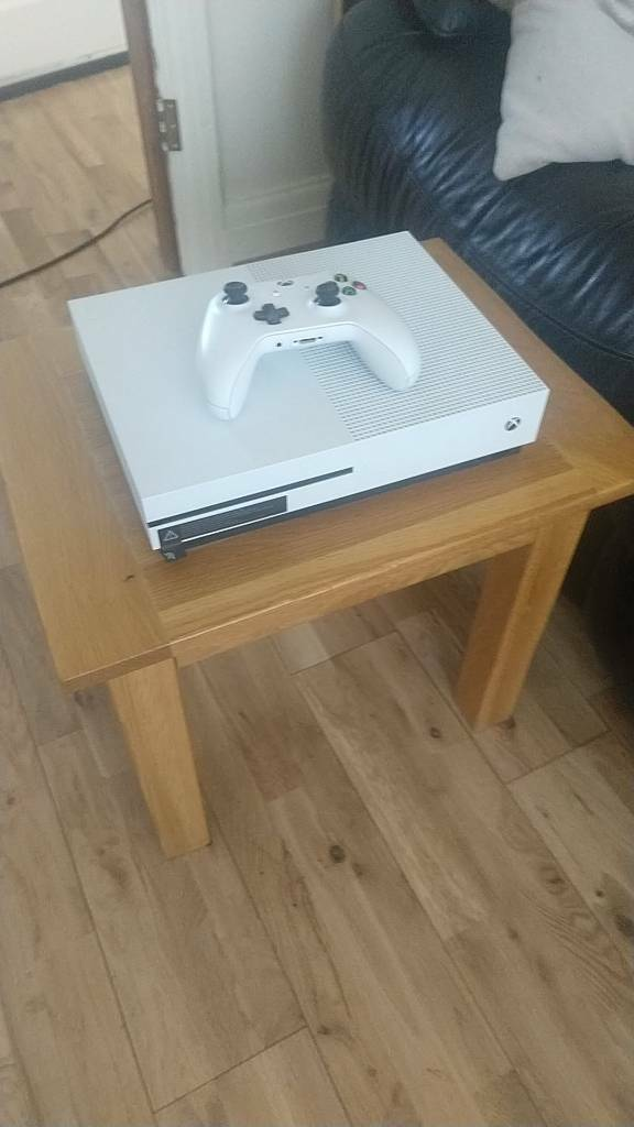 Groovy Xbox One S In Southwick East Sussex Gumtree Gmtry Best Dining Table And Chair Ideas Images Gmtryco