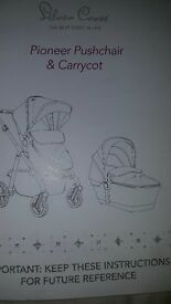 Silver criss pioneer pushchair and carrycot with nappy bag and footmuff