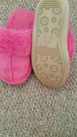 Toddler's slippers