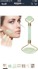 Jade Roller for Face Anti-aging Massage Facial Roller with Gua SHA Scraping Massage Tool Set