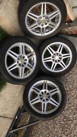 R-line alloy wheels