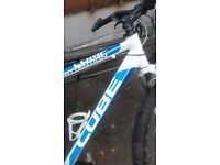 Cube bike blue and white in good condition