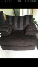 Dark brown lounge suite