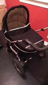 Hauck 2in1 combination pram/buggy.