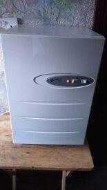 semi industrial dehumidifier (TC100) very nice clean condition 5 ltrs tank two speed fan