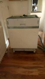 Integrated Indesit dishwasher