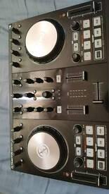 Almost New TRAKTOR Kontrol S2 Mk2 DJ Controller