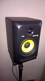KRK ROKIT 6 G3 MONITORS PAIR AND STANDS