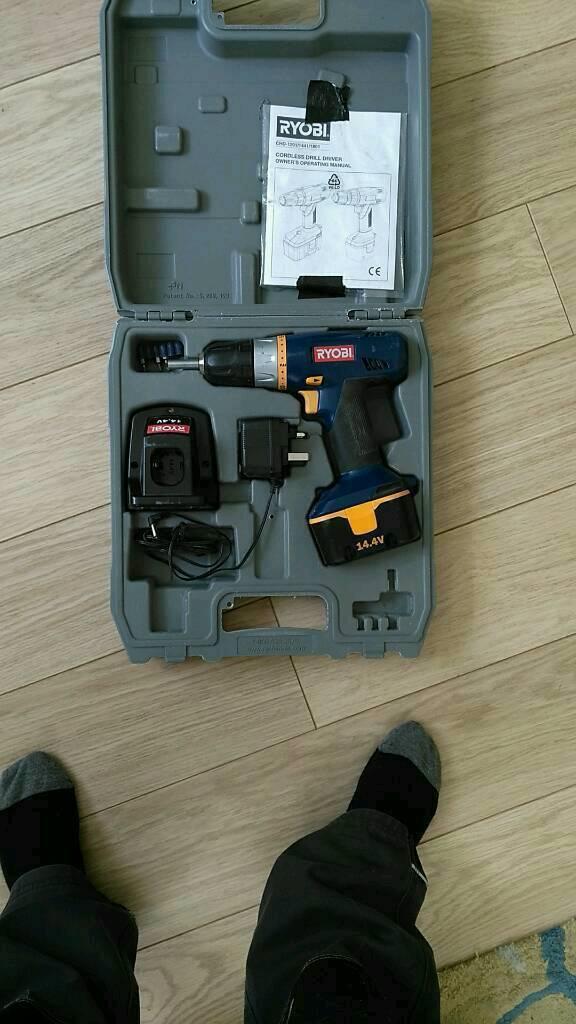 Ryobi Drill drive