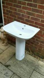 Pedestal Sink New