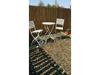 Shabby chic table n 2 chairs