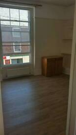 Beautiful 1 bed flat to rent in crediton town centre