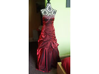 GORGEOUS PROM OR BRIDESMAID DRESS