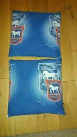 ITFC Small cushion x 2