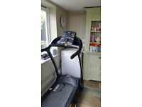 REEBOK ZR8 TREADMILL - RUNNING MACHINE - ONLY USED A FEW TIMES - ALL MANUALS AVAILABLE