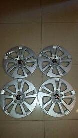 "*!*NEW*!* Genuine Toyota Wheel Trims 15"" Full Set Of 4 *AVENSIS, COROLLA, AYGO, YARIS, AURIS, PRIUS*"