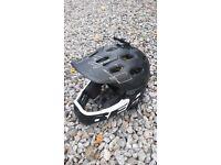 Bell super 3r mountain bike helmet