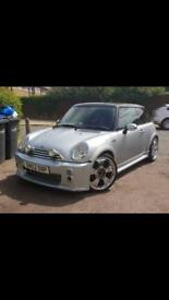 Mini Cooper one low mileage !!!