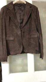 New women jacket and skirt costume sued leather size 16