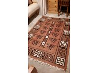 Kilim style woven patterned rug