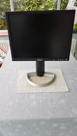 Dell 2001FP - 20-inch 1600 x 1200 at 60Hz Flat Panel LCD Monitor