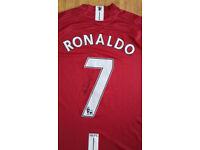!_(£50) 2 T-Shirt Signed Autograph(RONALDO brand new)+(LEEDS RHINOS Shirt)_!