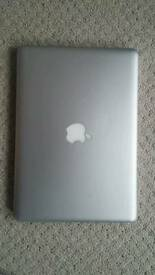 MacBook Pro 13 inch i5 2012