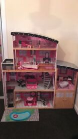 Barbie's Sparkle Mansion Dolls House